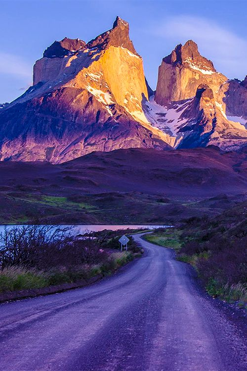 Cuernos del Paine, Patagonia, CHILE. - Torres del Paine national Park (Chile).