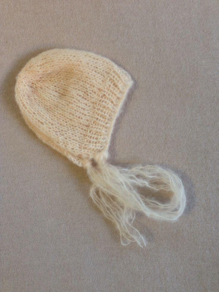 Pale peach mohair bonnet