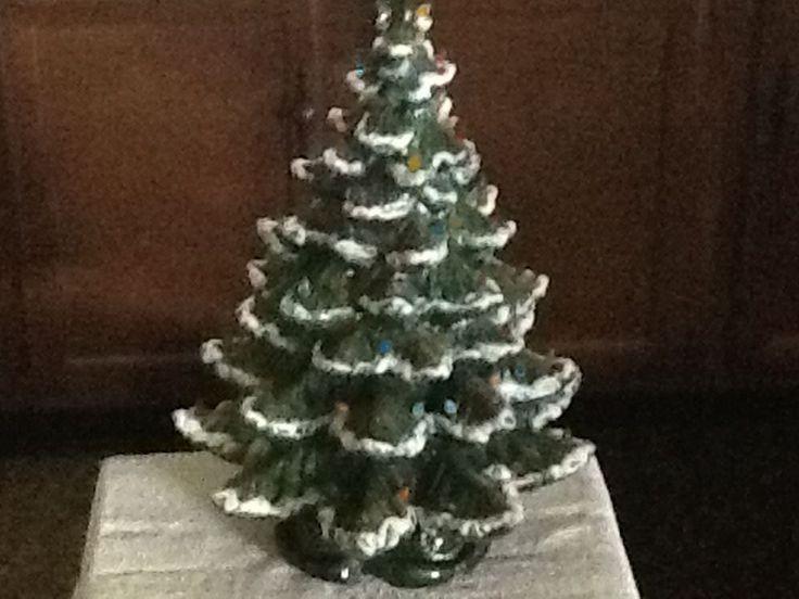 Best 20+ Flocked Christmas Trees Ideas On Pinterest