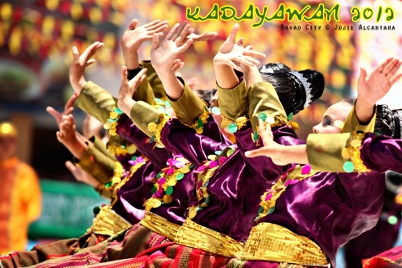 Festival colors of Kadayawan 2012 « scene stealer