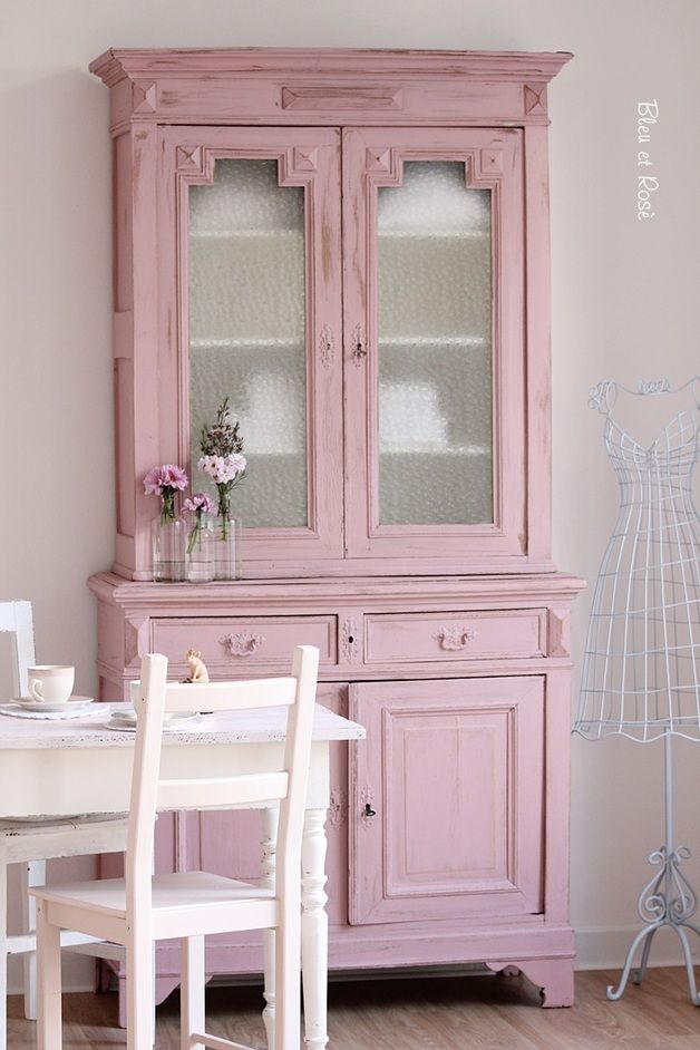 Buffets - Jugendstil Schrank in Rosa - ein Designerstück von bleuetrose bei DaWanda (Shop und Showroom    http://www.suendenherz.de/  )