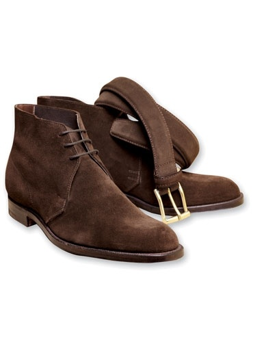 Brown Suede Unlined Chukka Boots. A fall must have!!!!