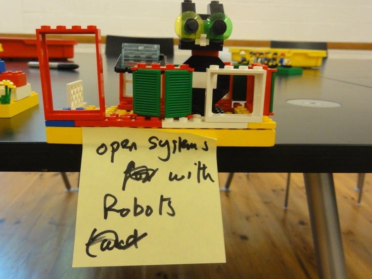 Content curator: open systems with robots
