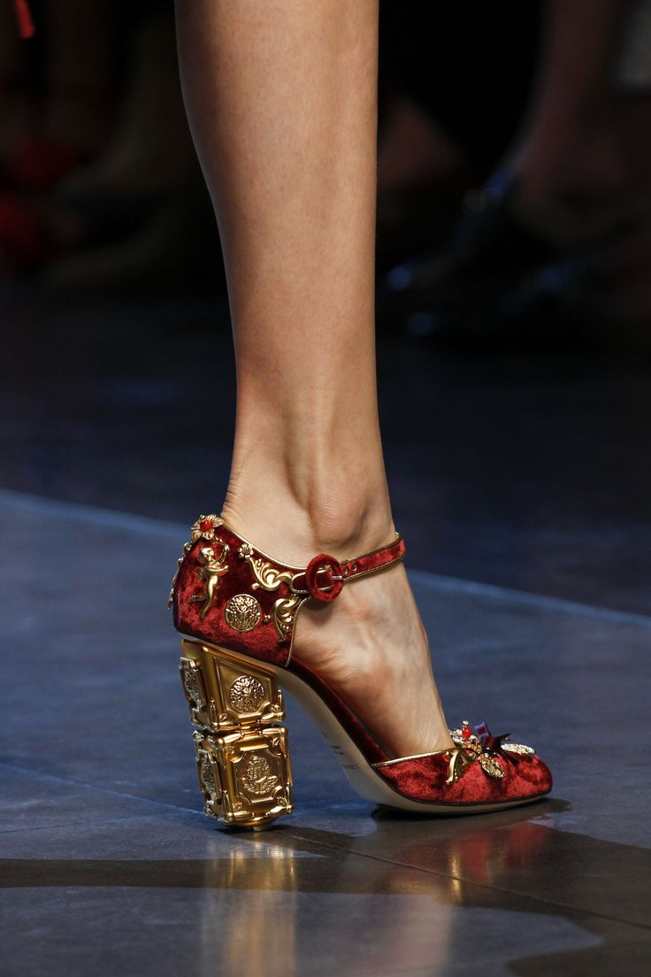 Dolce & Gabbana Spring 2016 Ready-to-Wear - Shoes
