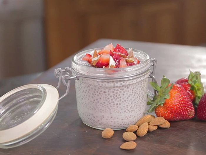 ULIVE's original series Breakfast Hacks follows Emily LaFave who has a breakfast obsession. Emily is constantly experimenting in her own kitchen creating fast and healthy breakfasts. #healthy #breakfast