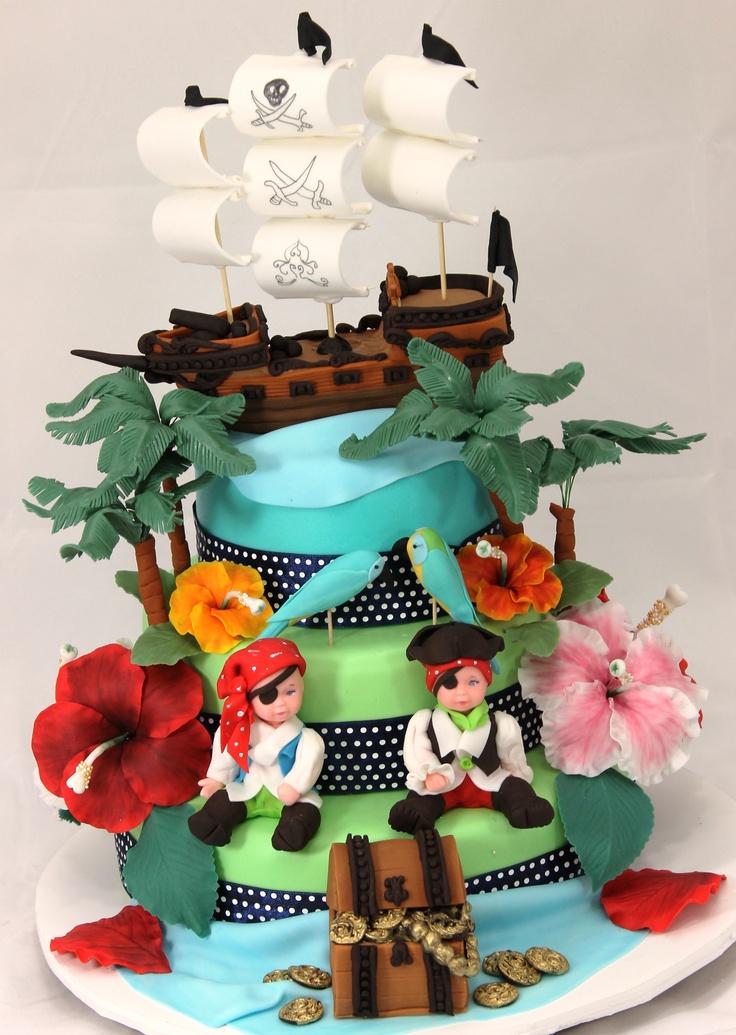 PIRATE PARTY. Une décoration de gâteau très réussie sur le thème Pirate Party