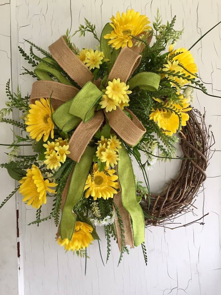 Spring Wreath - Front Door Wreaths - Summer Wreath - Daisy Wreath - Spring Wreath for Door - Mother's Day Gift by GraceMonroeHome on Etsy https://www.etsy.com/listing/503022902/spring-wreath-front-door-wreaths-summer