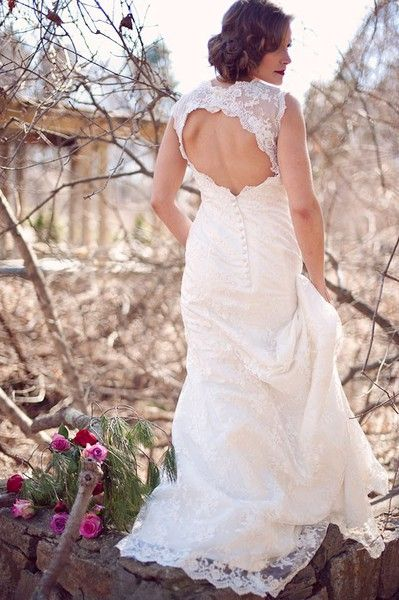 Stunning lace keyhole wedding dress kellyalwalker