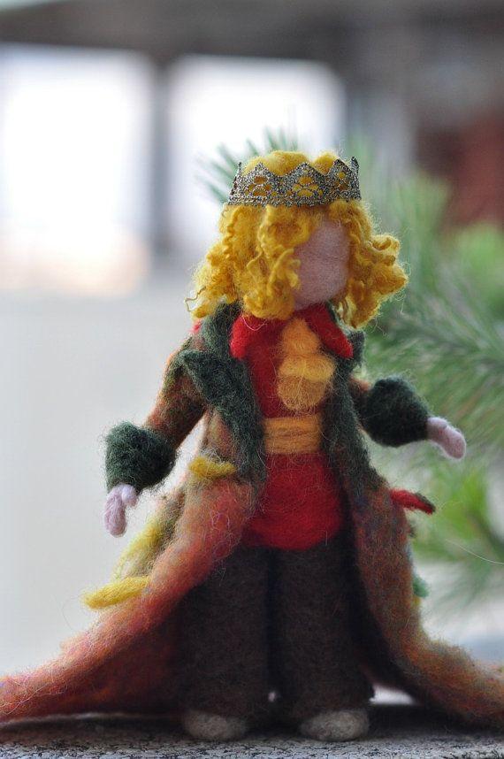 Needle Felted Wool Autumn princeWaldorf inspired par darialvovsky