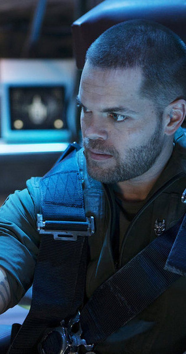 Still of Wes Chatham in The Expanse (TV Series 2015)