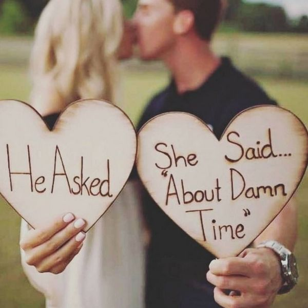 20 tolle Möglichkeiten, Ihre Verlobungsringe zu zeigen