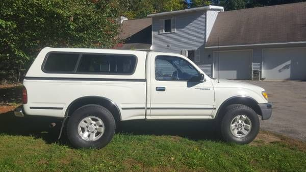 98 toyota tacoma 4×4 (Traverse city) $6600: < image 1 of 4 > 1998 toyota tacoma VIN: 4tapm62n3wz146794condition: excellentcylinders: 4…