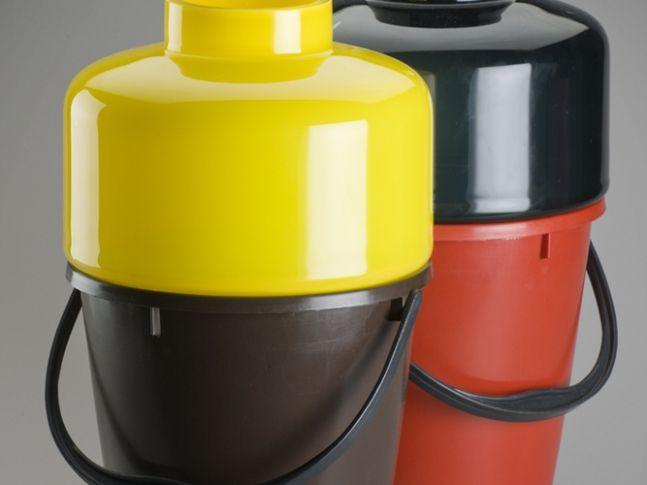 Bucket. Design: Qubus. Rok 2010.