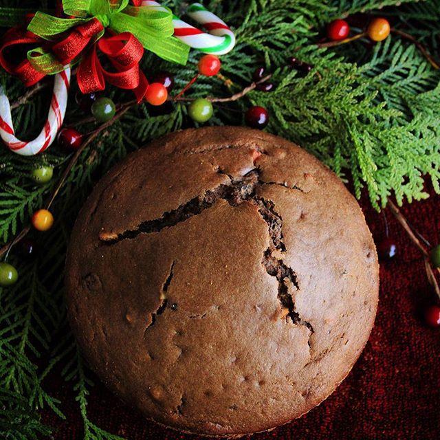 Chocolate Christmas cake !#christmas2015#merrychristmas#bbcgoodfood#beautifulcuisines#foodstyling#food52#f52grams#feedfeed#gastropost#dcfoodporn#vscofood#vscofashionfood#onthetable#only_beautiful_food#sharefood#show_me_your_food#foodphotoaday#torontolife#tastetoronto#tastespotting#fbcigers#foodnetwork#foodpornshare#southasianbloggers#fbcigers#torontofoodphoto !