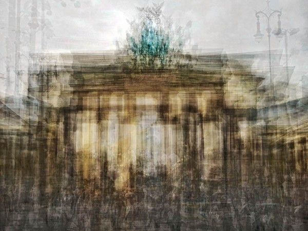 The Brandenburg Gate - Spanish photographer Pep Ventosa's layered snapshots., #experimentsinmotion