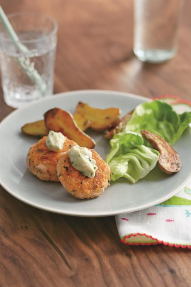 Salmon Cakes with Garlic Mayo from Real Baby Food: Salmon Cakes with ...