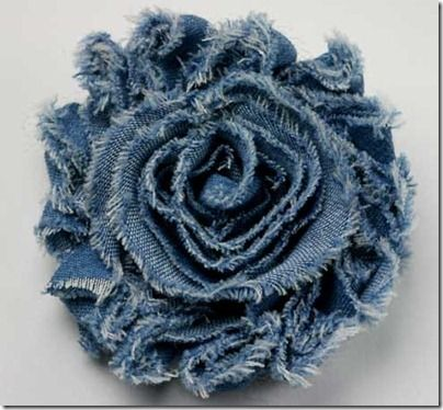 Shabby Denim Flower - Great way to use up those jeans my kids keep getting holes in! Put a pin on the back or add to a headband...add to a bookbag...dress up a gift package.