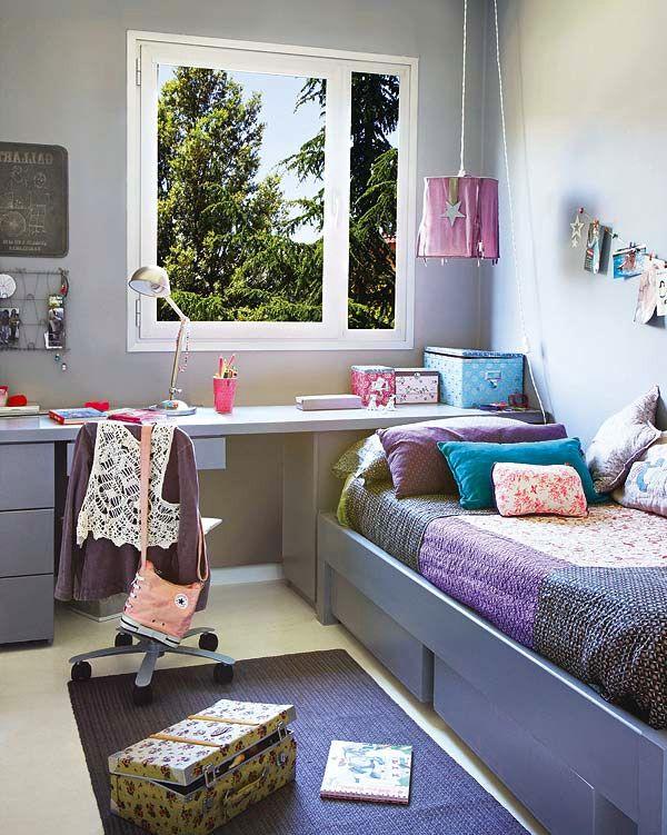 Фиолетовый цвет Яркие подушки Ковер Длинное рабочее пространство