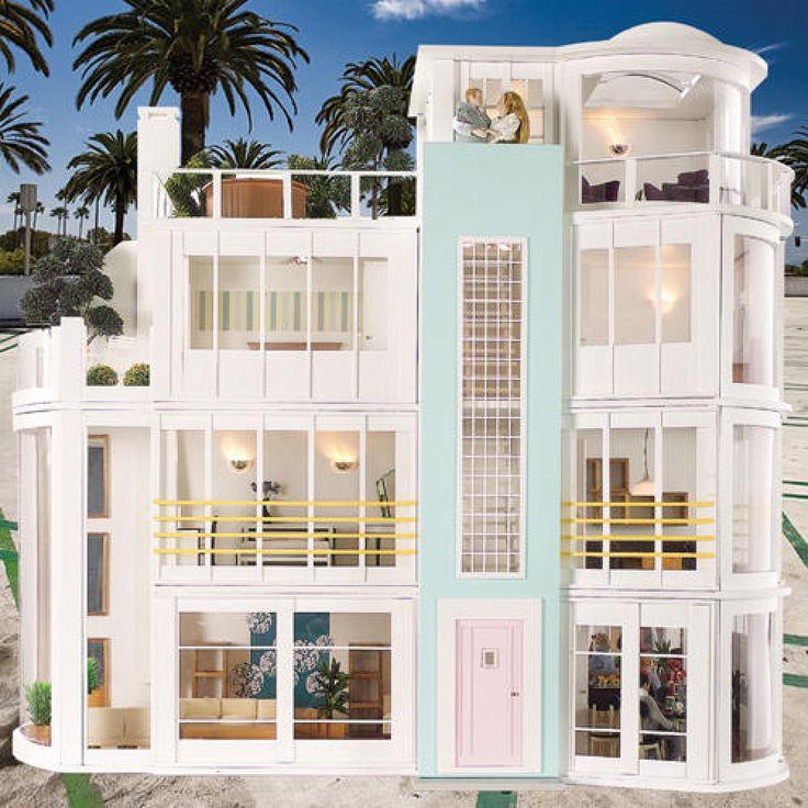 Malibu beach house kit the hippest modern dollhouses and for Beach house kit designs