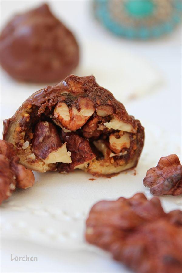 Арабские трюфели или Инжир с грецкими орехами в шоколаде