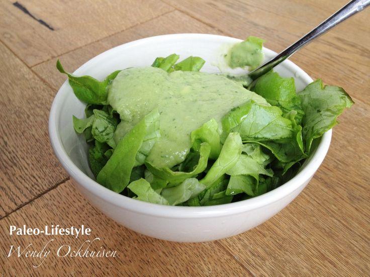 Paleo recept: Frisse avocado-komkommerdressing