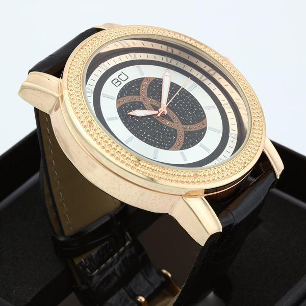 Italiaans design 18K verguld echte diamant lederen horloge inlay met 10 stuks natuurlijke diamant. 30M waterdicht. het gezicht van krasbestendig glas. komen met horloge doos. voorwaarde: als nieuw  diamant: witte natuurlijke diamant (10 stuks, 0.08ct in totaal). diamant kleur: G-I diamant helderheid: I1-I2  gesp: roestvrij staal pluggen & pin gesp materiaal: roestvrij staal materiaal band: echt leder alligator in reliëf  lengte riem: 240mm breedte: 22mm kast grootte: 50mm geval van dikte…