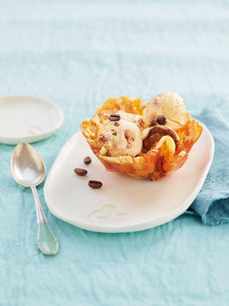 small cups of crisps with tiramasu ice cream   Coppette di croccante con gelato al tiramisù variegato al caffè*