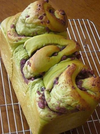 Ogura (Japanese Adzuki Bean Paste) and Green Tea Bread