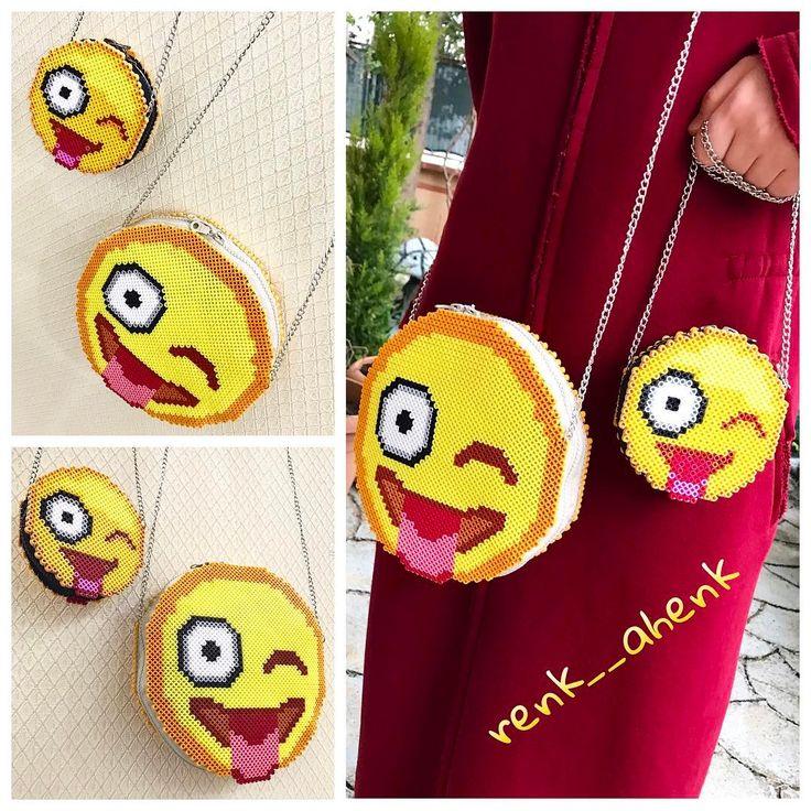 Midi boncuklarla @renk__ahenk tasarımı emoji çantalar @murvettuzcu nun siparişi