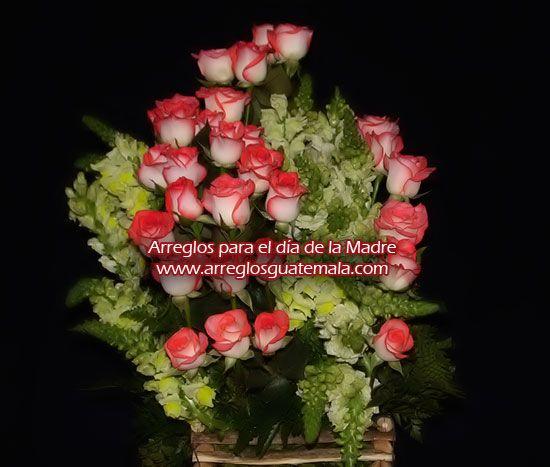 Regalo preferido de mamá, su arreglo de flores con rosas, en Guatemala envió de arreglos florales para ocasión especial del día de la madre, también para día de san valentín (el día del cariño, 14 de febrero), enviós a domicilio en guatemala