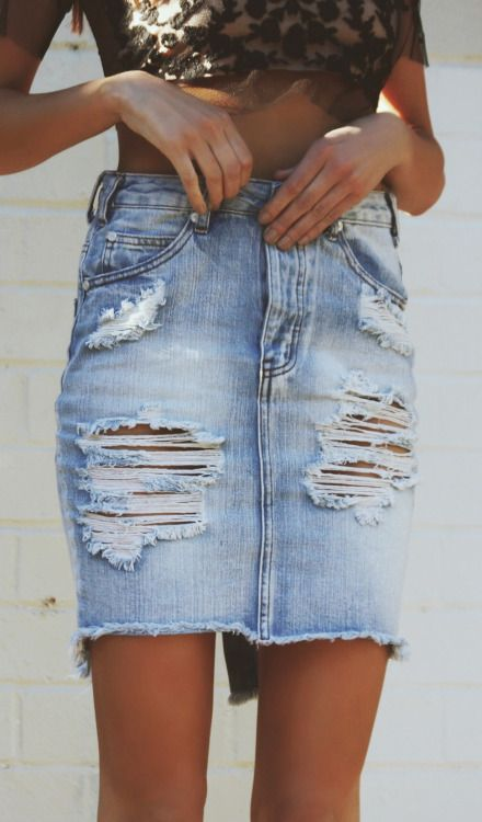 Destroyed denim skirt
