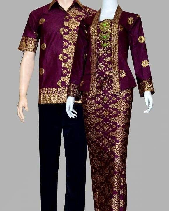 Gamis batik prada Sudah termasuk bross LD 98 pjg rok 95 pjg baju 68 Kemeja uk M,L XL www.gamisbatikmodern.com