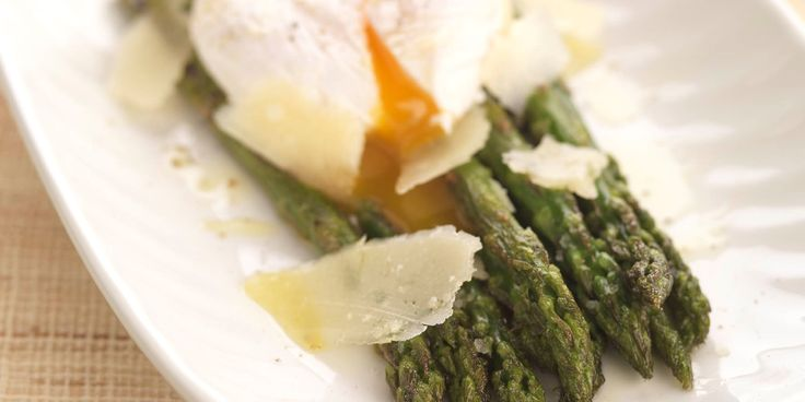 This simple, light grilled asparagus recipe from Great British chef, Geoffrey Smeddle pairs asparagus with soft poached egg, tart balsamic and Parmesan.
