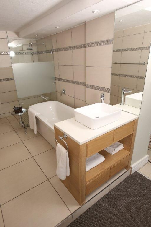 The Executive Suite stylish bathroom