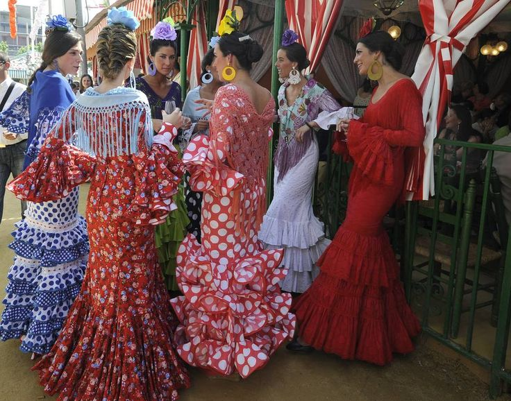 Los sevillanos disfrutan de un soleado martes de Feria - España - abcdesevilla.es