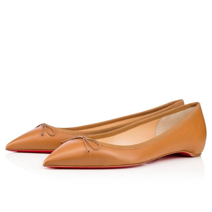 <p>Solasofia, inspirée de la ballerine de danse, conjugue élégance et intemporalité. L'illusion parfaite sera soulignée par la teinte de votre soulier se mariant à celle de votre carnation.</p>