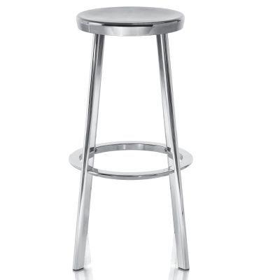 DÉJA VU STOOL Naoto Fukasawa MAGIS http://www.naotofukasawa.com http://www.hermanmiller.com/products/seating/stools/deja-vu-stool.html