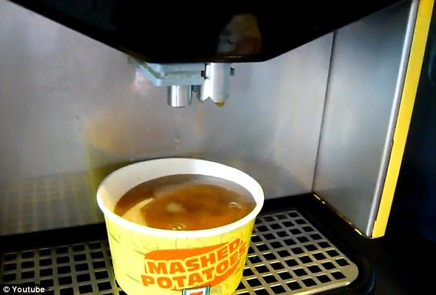 Vending machine dispenses mashed potatoes and gravy in a cup in 30 seconds.