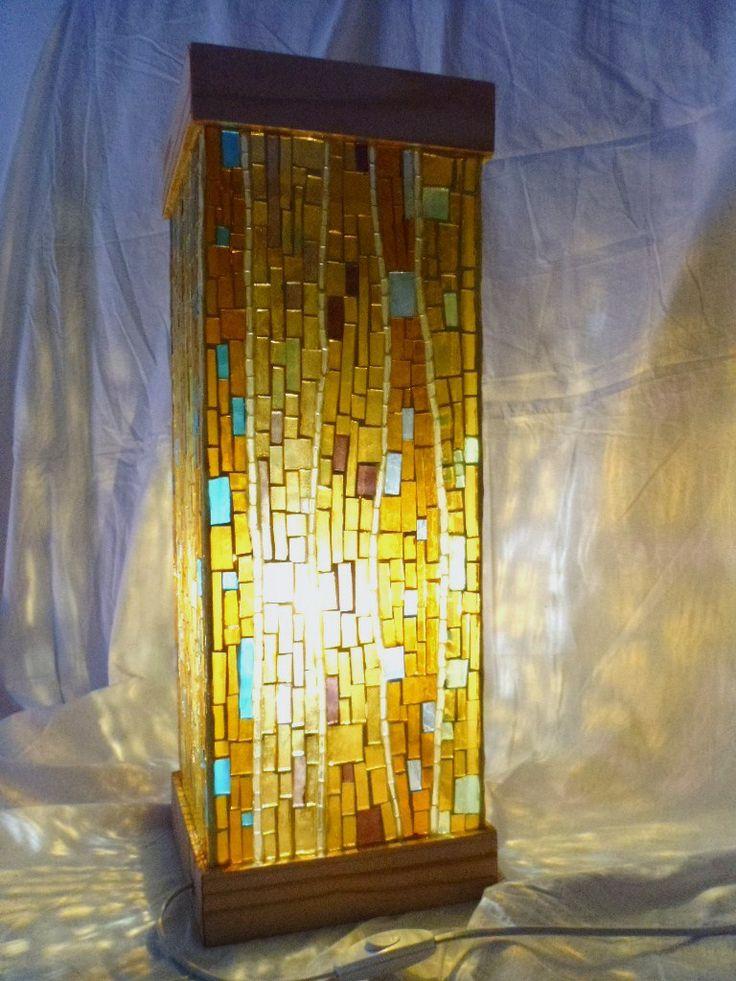 Oltre 1000 idee su vetro a specchio su pinterest specchi antichi specchi e cascata interna - Specchio mosaico vetro ...