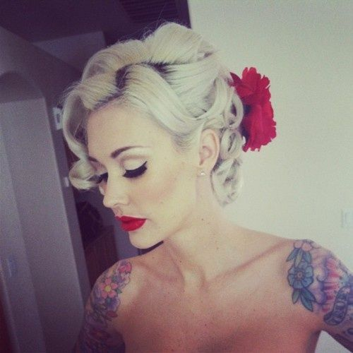 Vintage formal hair, I really want a vintage hair style done for my future wedding! <3
