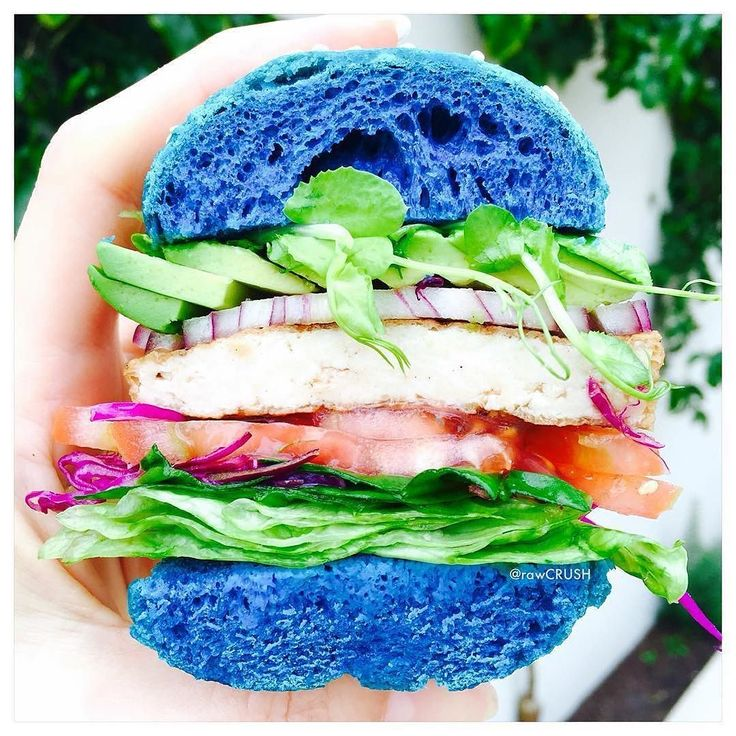Amazing blue buns by @rawcrush - note that this is all natural blue food coloring simply amazing!  Blue buns with @bluechaitea and I am so addicted to Korean bbq tofu and loads of salad.  #veganfoodshare #whatveganseat #bestofvegan #vegan #burger #plantbased #veganofig #cleaneating #veganburger #healthy #healthykids #perthfoodie #feedfeed #f52grams #yahoofood #huffposttaste #beautifulcuisines #hautecuisines #buzzfeast #foods4thought #foodandwine #tastingtable #mindbodygram #letscookvegan…