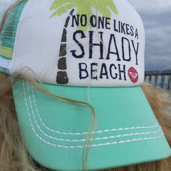 Roxy no one likes a shady beach snapback Lovely snap back hat Roxy Accessories Hats