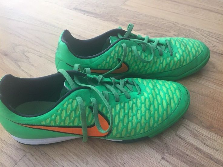 Worn for one winter of indoor soccer. Great condition. #mens #size #shoes #soccer #magista #indoor #nike
