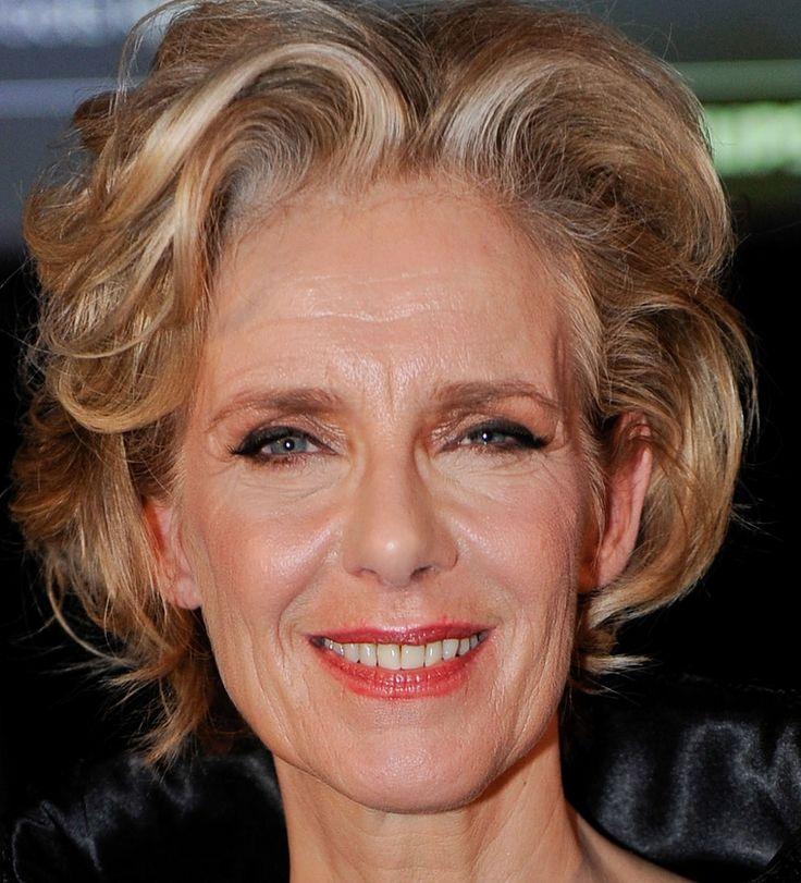 Jette van der Meij 24-09-1954 Nederlands zangeres en actrice, voornamelijk bekend door haar rol als Laura in de RTL-soap Goede tijden, slechte tijden.
