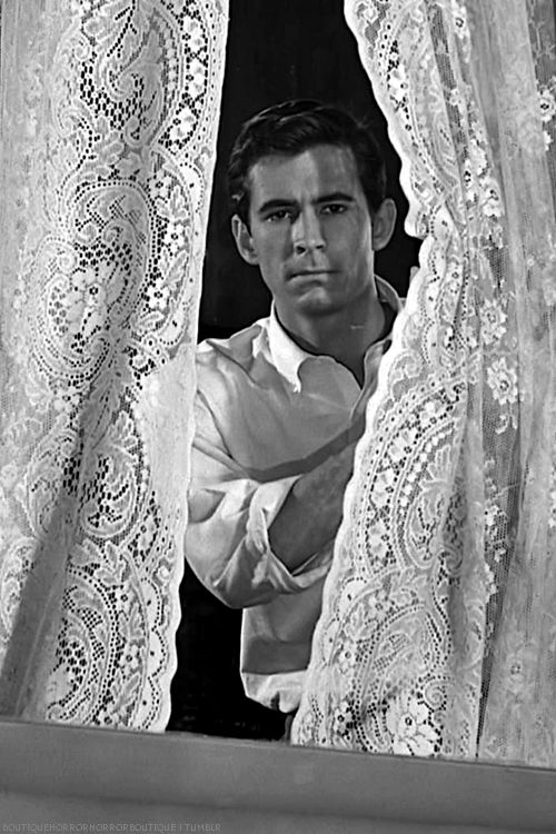 Anthony Perkins/Norman Bates playing Peekaboo in Psycho.