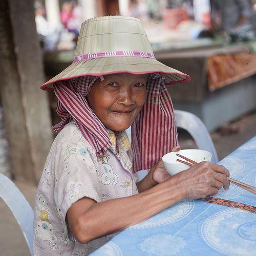 Marché de Pursat, Cambodge by Seb.tec on Flickr.