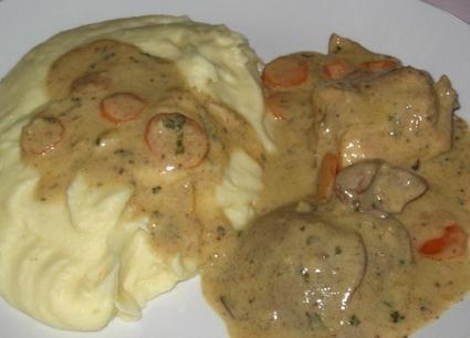 Lapin à la moutarde, échalotes et carottes