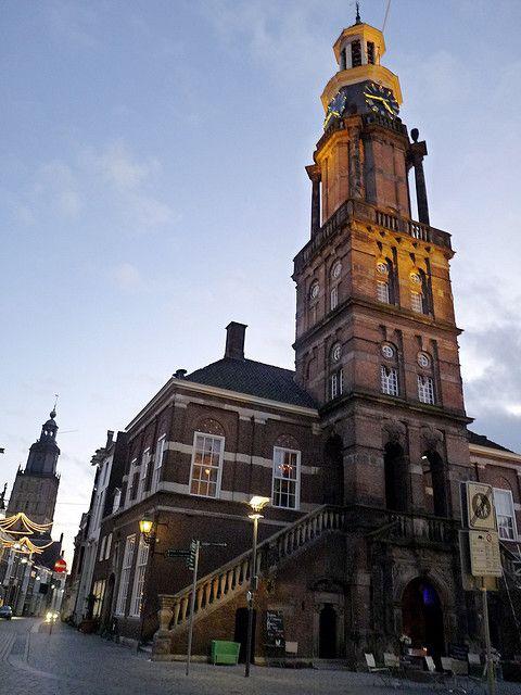 Zutphen is nog zo'n pareltje in de Achterhoek met een historisch centrum. (1994)