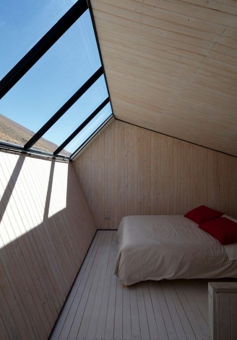 Observatory sleeping zone with open sky outlook #skyspaces #sky #interior