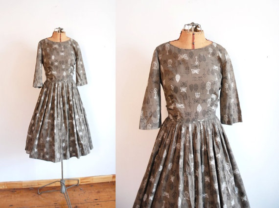 1950s Dress / 50s Musical Instrument Print by wildfellhallvintage
